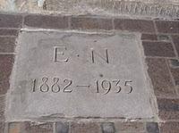 Emmy Noether's simple grave marker