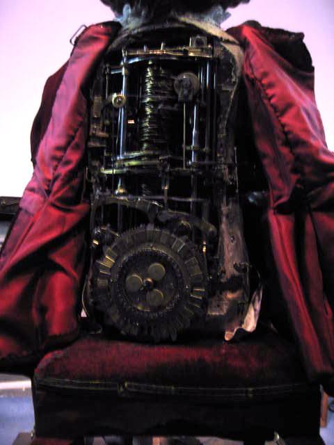 The mechanism of the writing boy automaton